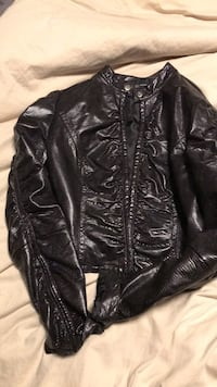 Brown Crop jacket size m fits smaller like a small  Edmonton, T6M 0K4
