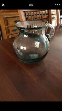 Like new glass stained pitcher Los Angeles, 91402