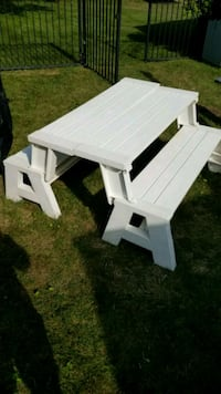 Convertible picnic table and benches.