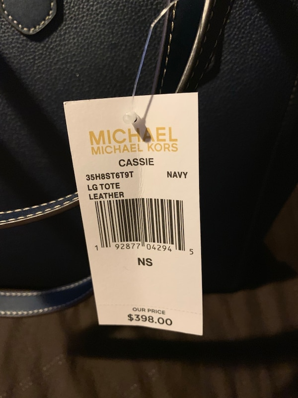 Michael Kors (authentic l) large tote, navy blue, brand new with tags. ad046feb-7077-4695-adbd-0fe358bdbe64