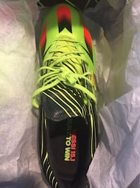 Messi 15.1 New in box sizes 7.5-11