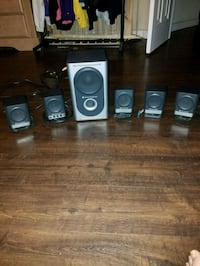 (5) speakers (1) subwoofer & all wires  West Melbourne, 32904