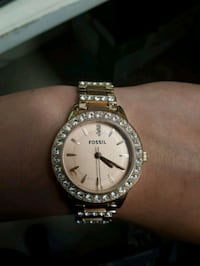 Womans rosegold fossil watch Halifax, B3H 1V8