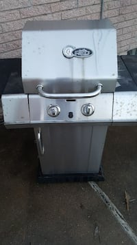 Char Broil infrared Urban gas grill  Detroit, 48201