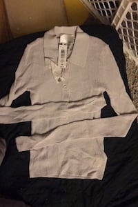Brand new Sweater from Wilfred Oritzia XS size Toronto, M1H 2B3