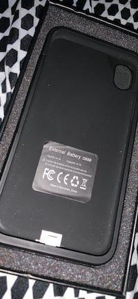 iPhone  XR charging case  East Wenatchee, 98802