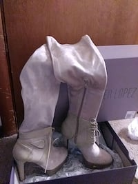 shoes J.Lo Boots 5.5 Omaha, 68106