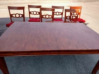 Dining room table with leaf and 6 chairs Union, 29379