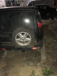 2003 Land Rover discovery tail lights  Gaithersburg, 20877