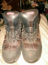 pair of black-and-brown work boots 70 km