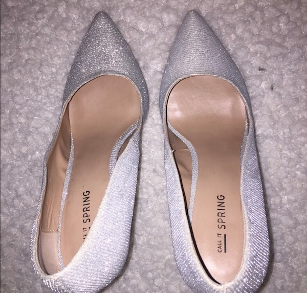 Call it spring silver heels size 8 e64d1889-0488-48bc-8bf2-fe466d2f1c2b