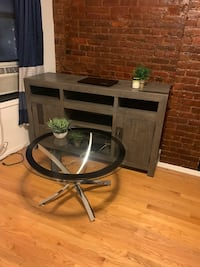 Entertainment Center and Coffee Table New York, 10002