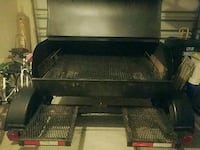 Mobile charcoal grill w/trailer  Charleston, 29414