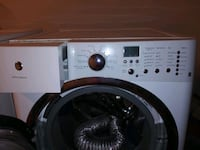 Washer and dryer with ped stall