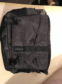 Tenba DNA 15 messenger bag Burnaby, V5G 3X4