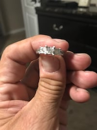 Engagement ring 10k with 13 diamonds