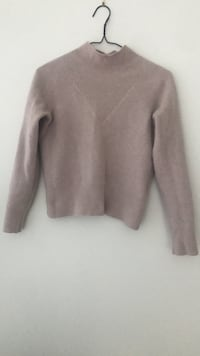 100% Cashmere Sweater  Vancouver, V6G