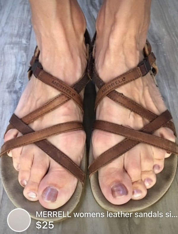MERRELL womens leather sandals size 9/9.5