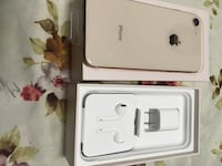 iPhone 8 Gold Rose 64GB new, never used, unlocked.10/10 548 km
