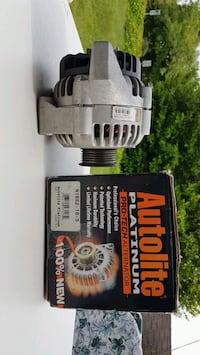Almost new alternator for 1995 to 2005 4.3 L Chevrolet