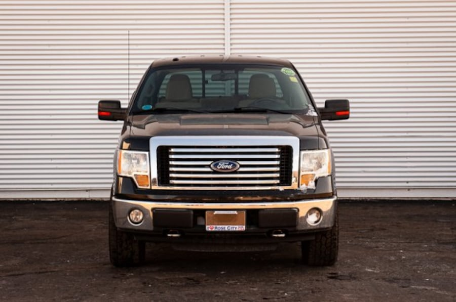 2010 Ford F-150 XLT / ACCIDENT FREE / TRAILER TOW PKG / 879999fe-bad9-42cb-a735-3073967eb549
