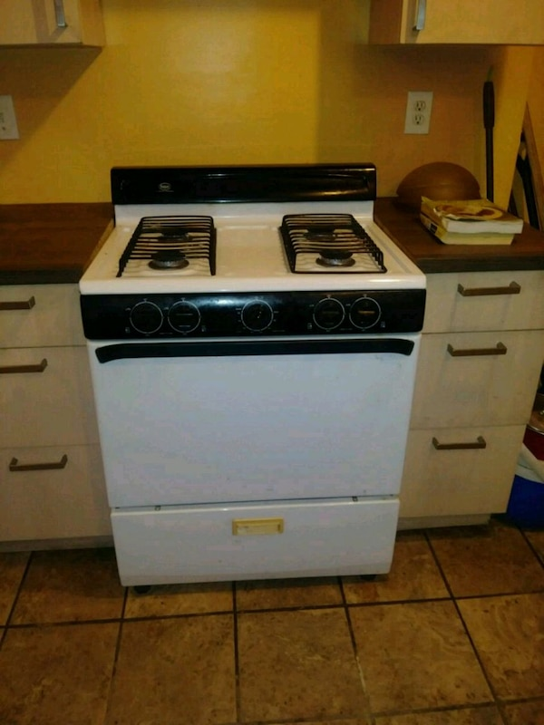 white and black gas range oven