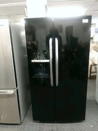 black side-by-side refrigerator with dispenser St. Louis, 63118