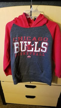 Chicago Bulls Hooded Sweatshirt Kids Size M  Burbank, 60459