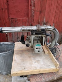 Tools radial arm saw Black & Decker