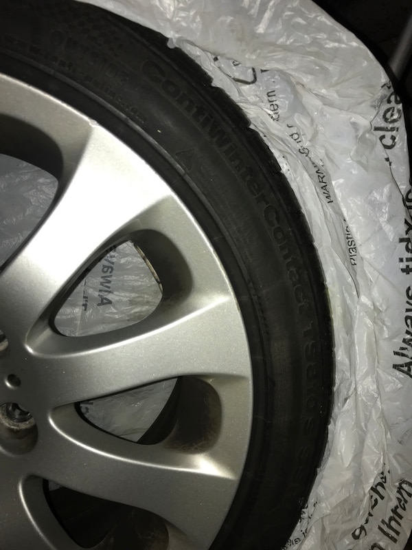 Gray bmw multi-spoke wheel with tire 5fd91e68-ee3e-4b21-bb43-f266043dd279