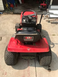 Red and black ride on mower Wallaceburg, N8A 2G3