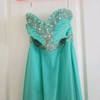 Size 4-6 Turquoise Prom dress Richmond, V6Y 1J4
