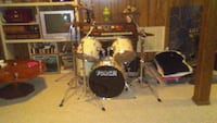 black and white acoustic drum set