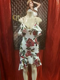 white and red floral sleeveless dress Las Vegas, 89103