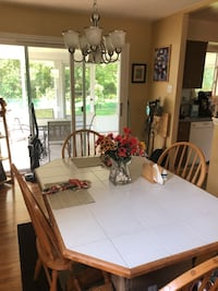 Wooden Kitchen Tile Tabletop and Chairs Cherry Hill, 08034