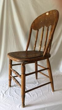Antique chair, solid needs refinishing Upper Macungie, 18104