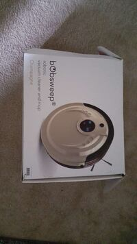 Bobsweep robotic vacuum cleaner and mop box