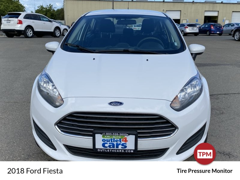 2018 Ford Fiesta SE sedan Oxford White !!! b984e02a-9227-4fd4-867c-57e8c4169724