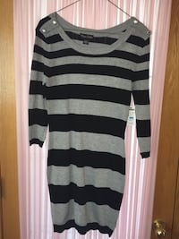 New sweater dress size M