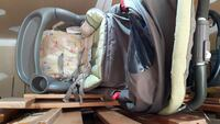 baby's gray and green high chair Orangeville, L9W 4P9