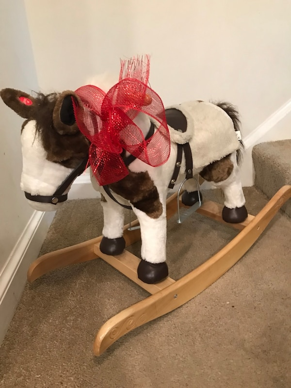 Plush rocking horse with sound and movement