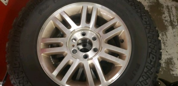 Wheels and tire package Ford F150  581afec1-31e5-442b-9ca2-b1bcf720830f