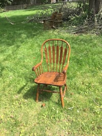 Wooden Chair Set. 6 chairs. 2 Arm Chairs and 4 without arms Fairfax, 22033