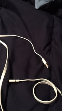 black and white USB cable Vancouver, V5P 1A6