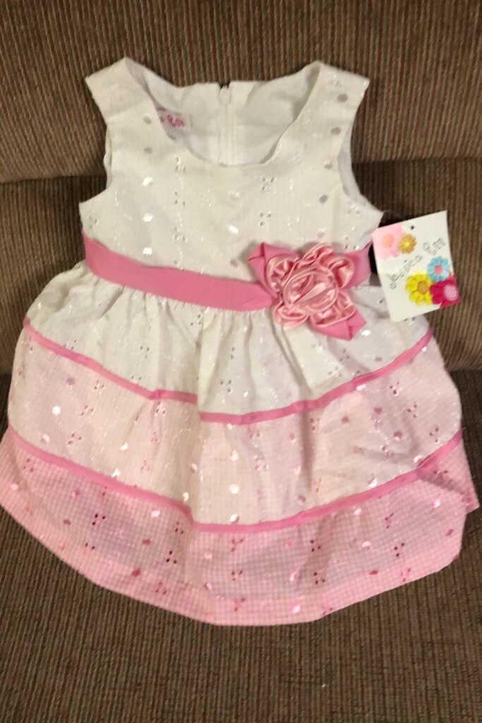 Photo Girl 's dress, size 12 month, NEW.