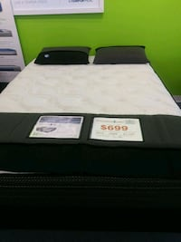 white and black bed mattress Leander, 78641
