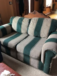 Love seat Middlebury, 05753