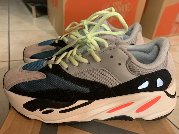 new arrivals 039b0 f9ebb Yeezy boost 700 wave runners size 7