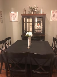 Dining Room Table and Hutch Belmont, 28012