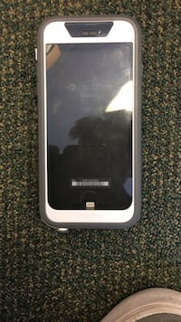 Mophie waterproof charging case for iPhone 6/6s